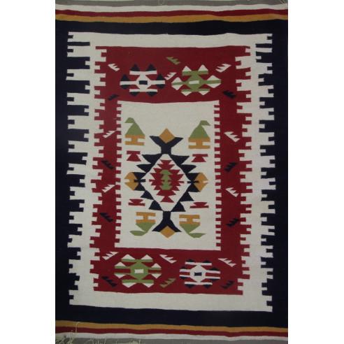 Un tapis kilim chic et élégant